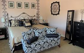 Damask Wall Decor Bedroom Teen Bedroom With Damask Decor Idea Also Sofa Bed With
