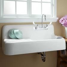 Kitchen Sinks Sacramento - best 25 cast iron kitchen sinks ideas on pinterest cast iron