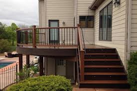 Trex Lighting Trex Treehouse And Vintage Lantern Deck With Curved Railings And