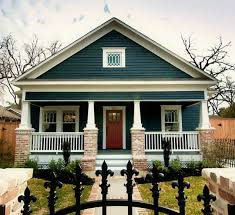 absolutely in love with craftsman homes this exterior color is