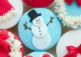 Christmas Cake Decorations Fondant by Christmas Cupcakes Decorating Ideas
