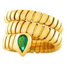 bvlgari vintage rings images Bulgari serpenti gold emerald tubogas ring at 1stdibs jpg