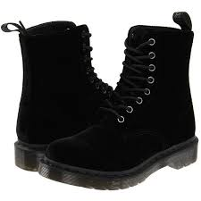 s boots with laces best 25 black lace up boots ideas on black lace boots