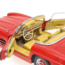 land rover minichamps 1957 mercedes benz 300sl roadster w198 by minichamps 1 18 scale