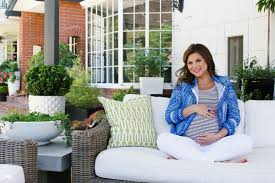 tiffani thiessen home open door policy at home with tiffani thiessen lonny celebrity