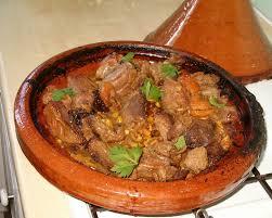 cuisine maghrebine tajine d agneau aux pistaches abricots et pruneaux au bain