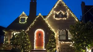 House Christmas Lights by How Can I Avoid Blowing A Fuse With Christmas Lights Answers To