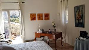 chambre gordes portail chambres d hôtes en français