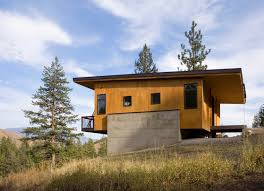 Cabin Architecture A Budget Friendly Cabin Surrounded By Forest In Methow Valley