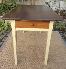 table de cuisine avec tiroir table de cuisine ancienne bois peint et patiné avec tiroir