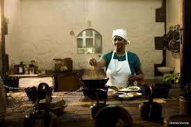 femme en cuisine beforgo voyage ile maurice femme cuisine min frit ile maurice