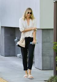 maria sharapova after a visit to a nail salon in manhattan beach