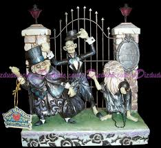 jim shore halloween figurines dizdude com disney traditions the hitchhiking ghosts figurine