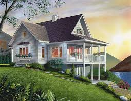 Daylight Basement Waterfront Cottage With Panoramic Views Throughout The Main Floor