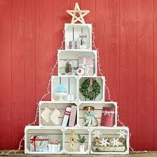 cassette natalizie un albero di natale con le cassette di legno 11 idee a cui