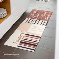 tapis pour cuisine carrelage cuisine et tapis pour sol gris élégant carrelage design