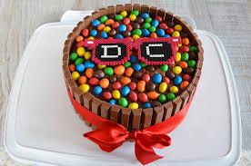 decoration cupcake anniversaire recette gateau kit kat birthday party cake