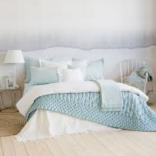 edredón efecto capitoné color verde mar edredones cama zara