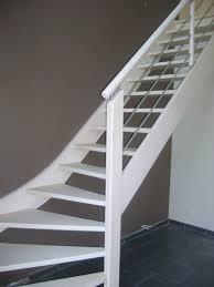 treppe streichen gestrichene treppe antirutschband ist der finishing touch