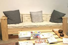 faire canapé canape fabriquer un canape divan original en palette idace na 20
