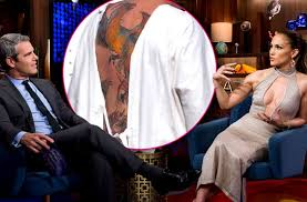 jennifer lopez slams ex fiancé ben affleck u0027s phoenix back tattoo