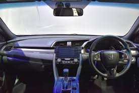 honda civic 2017 interior honda civic hatchback interior at the bims 2017 indian autos blog
