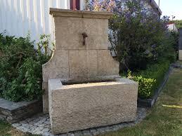 fontaine en pierre naturelle fontaine ancienne bassin en pierre bca matériaux anciens