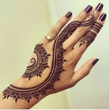 delicate henna designs