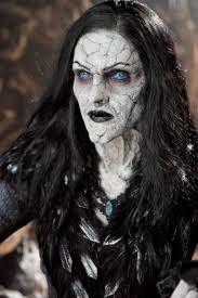 halloween schminke hexen make up mit grusel effekt