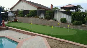 buy artificial grass for putting green