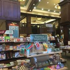 Barnes And Nobles Upper West Side Barnes U0026 Noble Booksellers 74 Photos U0026 46 Reviews Bookstores