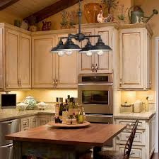 Dining Room Chandeliers Rustic Decor Looks Different Home Decor With Rustic Chandeliers