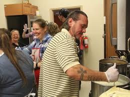 lutheran church feed 305 alamogordo residents on thanksgiving day