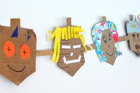 easy hanukkah crafts for kids reader u0027s digest