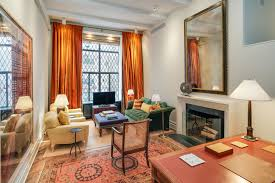 celebrity homes ina garten s apartment why she s my secret celebrity homes who can forget those infamous pumpkin curtains
