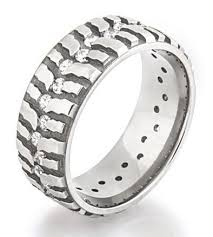 titanium diamonds rings images Women 39 s mud bogger ring with diamonds titanium buzz jpg