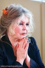 Birdget Bardot - exclusive brigitte bardot had 100 lovers including women and