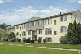 Pedestal Gardens Apartments Hoover Square Apartments Rentals Warren Mi Apartments Com