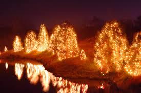 hopeland gardens christmas lights holiday events southern hospitality magazine traveler