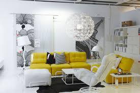el milagro de mantas ikea salón en blanco y amarillo decoracion amarillo