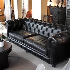 canape chesterfield noir canapé chesterfield en cuir noir carbone les nouveaux brocanteurs