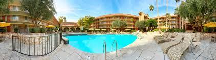 Comfort Suites Phoenix Airport Hotel Embassy Phoenix Airport Az Booking Com