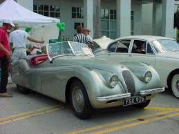 jag lovers model guides the xk120 150
