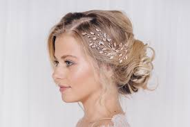 wedding hair accessories how to choose wedding hair accessories styles for different
