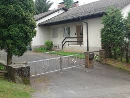 Haus Kaufen In Immobilien Haus Kaufen Mieten 1 Familien Doppelhaushälfte Mit Garage