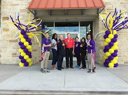 planet fitness black friday retail wrap planet fitness marshalls dickey u0027s bbq expand in