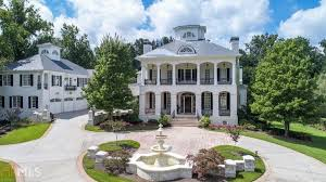 plantation style home 16 000 sq ft plantation style home on the chattahoochee river in