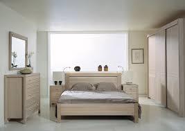 les chambre a coucher en bois chambre coucher bois massif beautiful chambre with chambre coucher