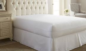 merit linens zippered bed bug and spill proof mattress protector