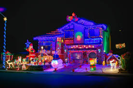 Interior Photos Of Houses Decorated For Christmas Best Christmas Lights And Holiday Displays In Concord Contra